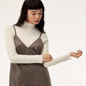 Aritzia Wilfred Free Buswell Ribbed Mock Neck Top